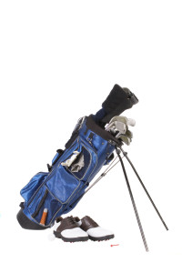storing golf clubs properly